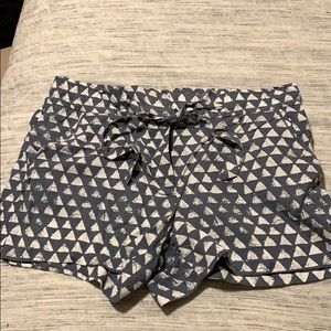 Grey and white patterned Loft shorts